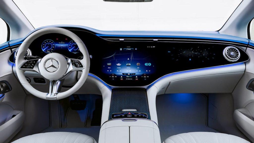 Mercedes EQE MBUX Hyerpscreen dashboard interior