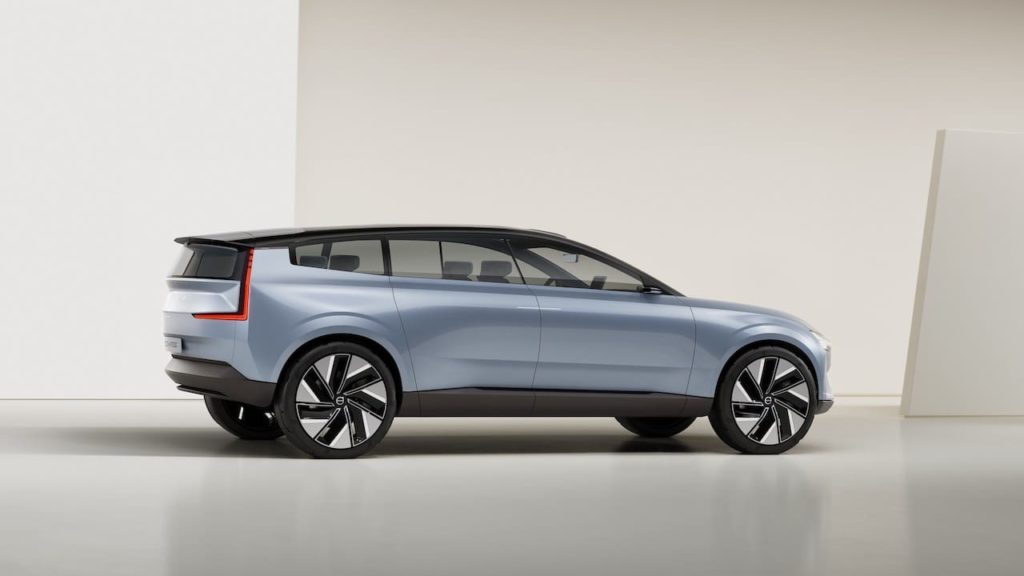 Volvo Recharge Concept side profile