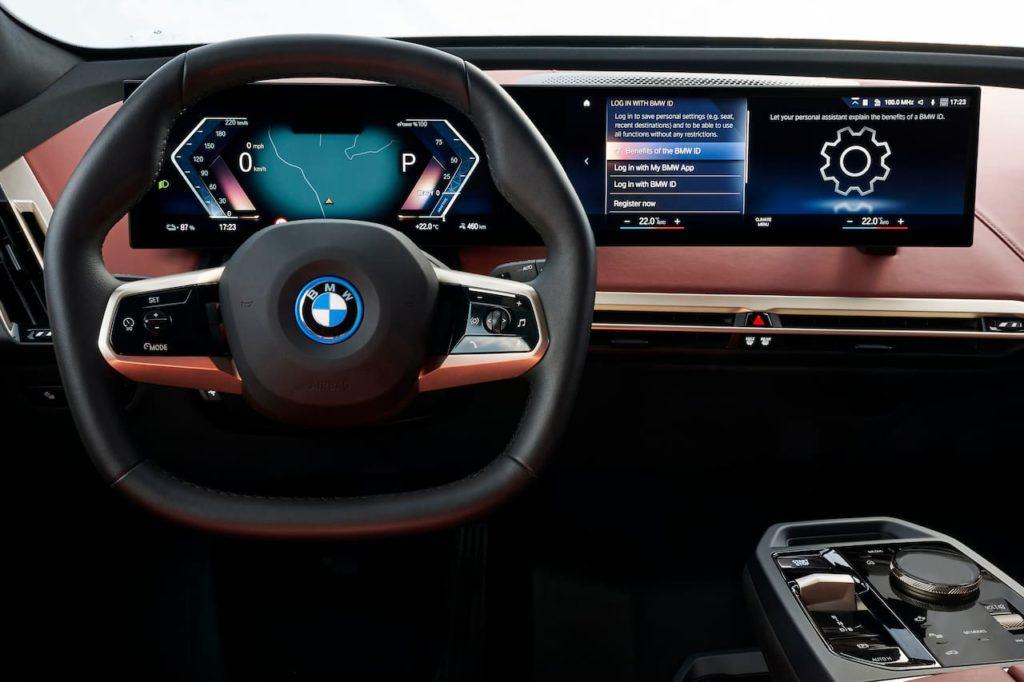 BMW iX cockpit