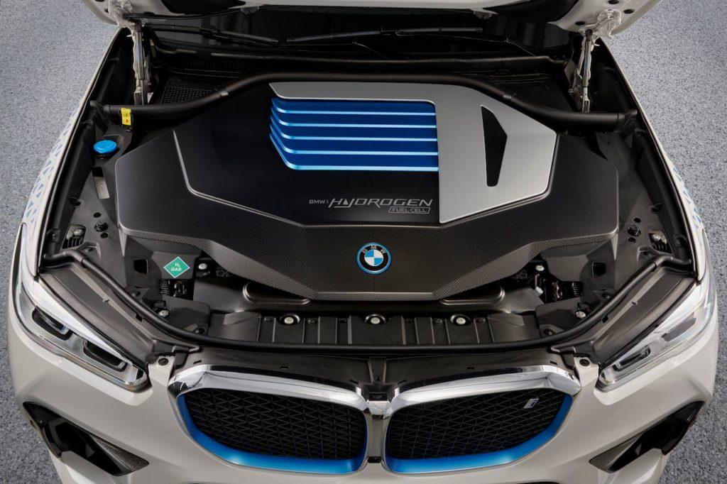 BMW iX5 Hydrogen powertrain