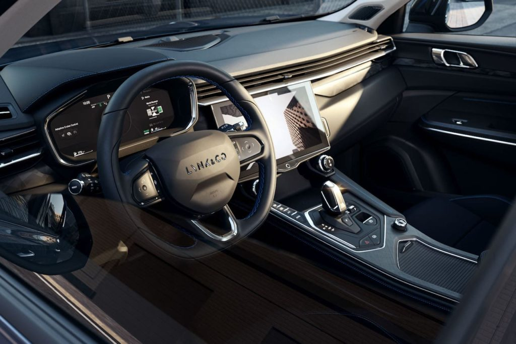 Euro-spec Lynk & Co 01 interior dashboard