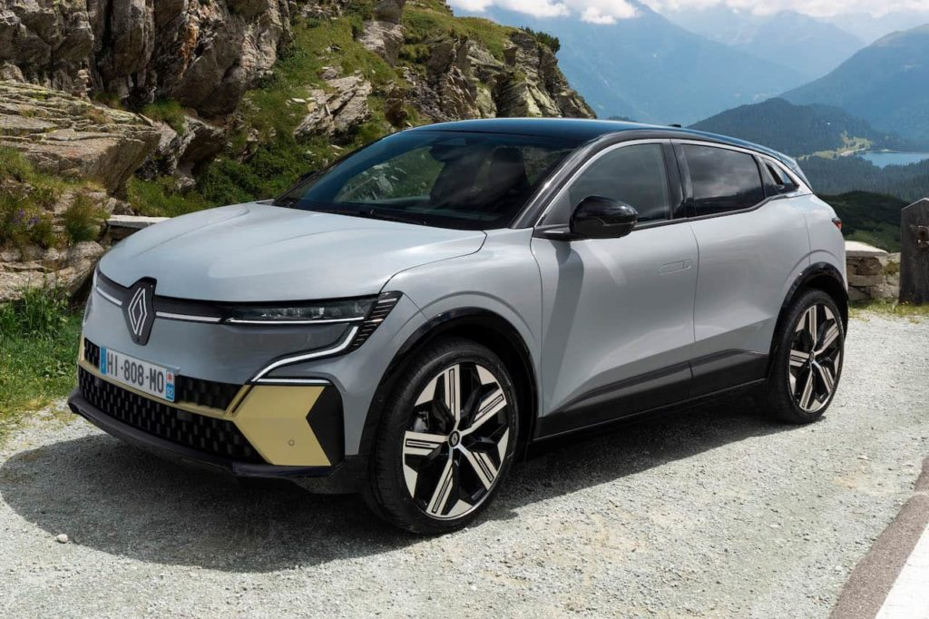 Renault Megane E-Tech Electric front three quarters
