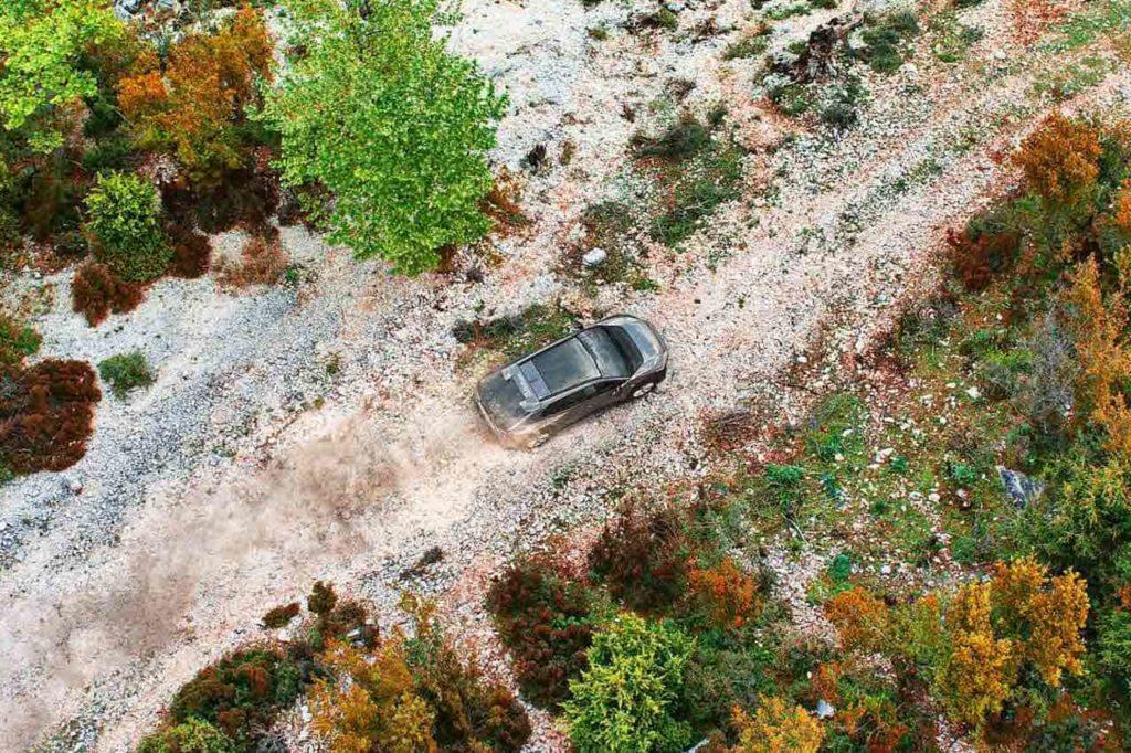 Subaru Solterra EV roof teaser