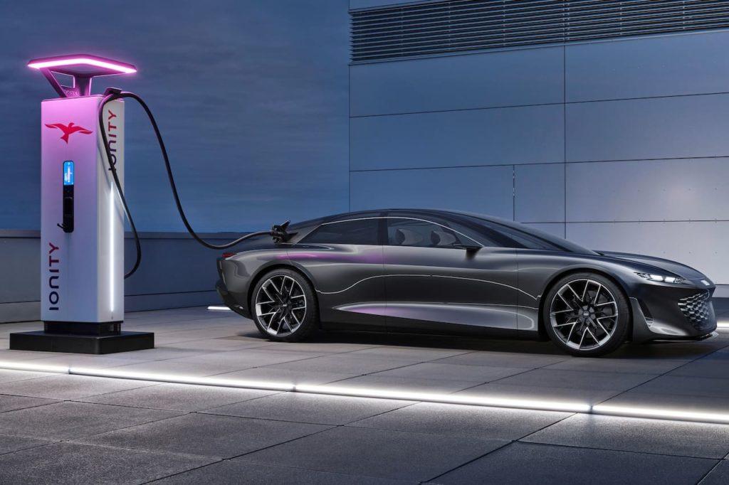 Audi grandsphere charging