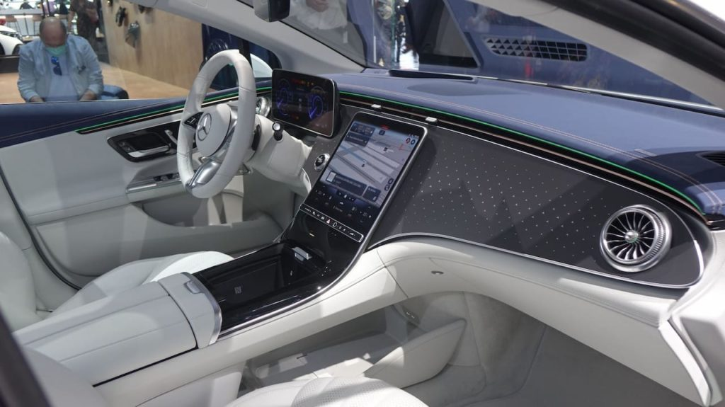 Mercedes EQE interior without Hyperscreen